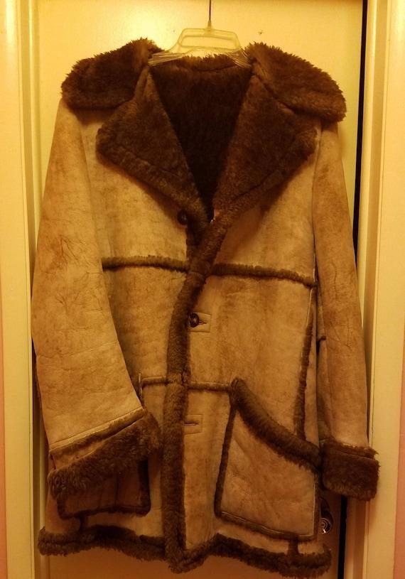 Lakeland Sheepskin coat. Size 40