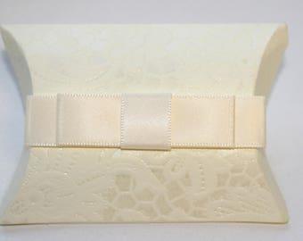Small Christmas Gift Box, Small Gift Box, Wedding Gift Box, White Gift Box,  Engagement Gift Box, Birthday Box, Unique Gift Box