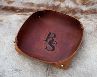 Third Anniversary Gift, Leather anniversary gift, Personalized Leather Tray with initials,Valet Tray Leather,Gift for Him, 3rd anniversary