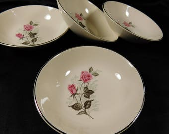 1950s Set of 4 Off White Berry Or Desert Bowls TST78 Taylor Smith VERSATILE 2 Pink Roses Platinum Edge Blue Babies Breath Flowers Cream 5.5""