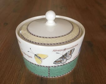 Vintage Wedgewood Sarah's Garden Sugar Bowl with lid