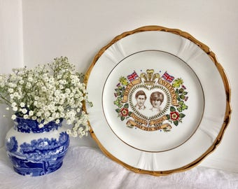 Commemorative plate celebrating the royal wedding of prince charles and lady Diana. 1981.