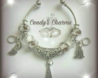 Bracelet Bangle and Fifty shades of Grey pearls