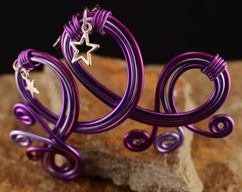 Destash: Lilac and Purple Star brooch