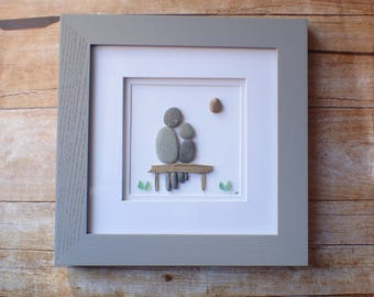 Pebble parent and child art picture / Love you to the moon and back / Mother and son / Father and daughter / Love you more stone art picture
