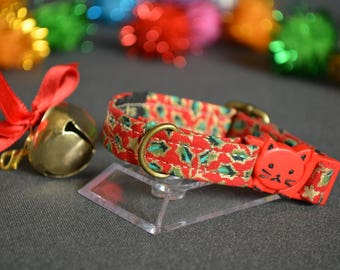 RED Christmas cat collars - cat collar with jingle bell - breakaway cat collar - luxury cat collar - boy cat collar - girl cat collar -
