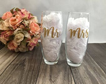 Mr & Mrs Stemless Champagne Flutes, Wedding Champagne Glasses, Mr and Mrs Champagne Glasses, Wedding, Weddings, Getting Married, Gift