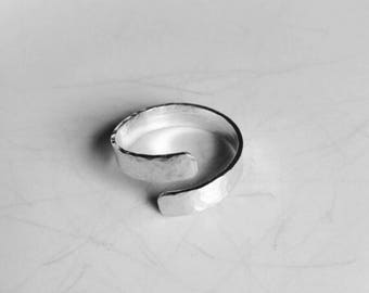 Handmade hammered sterling silver wrap ring | Simple | Minimalist