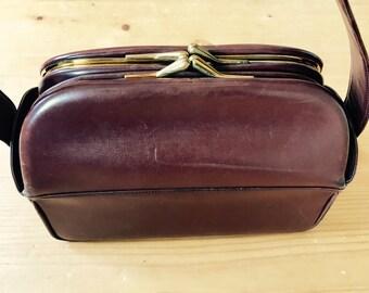 Art Deco 1930, 1940s, Conker brown hand bag