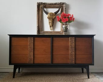 Vintage Bassett Mid Century Modern Dresser/Mayan Collection *Local Pick Up Only