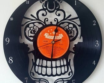 Vinyl 33 clock towers Skull theme