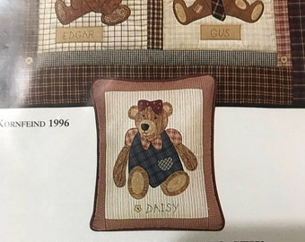 SPRINGSALE Vintage Old Bears quilt pattern, 4 different bears to sew