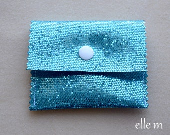 Jewel case in blue with white snap sequin fabric