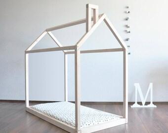 toddler bed house bed pine wood wooden bed montessori bed. Black Bedroom Furniture Sets. Home Design Ideas