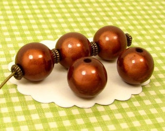 24 12 mm Brown PM13 miracle beads
