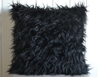Black fur pillow-cover, long-haired synthetic fur50x50 cm/ 19,7x19,7 inch, for decorative pillow
