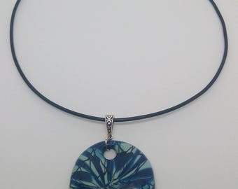 Choker necklace rigid pendant polymer clay