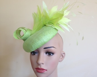 Green Pillbox Hat,Green Wedding Hat,Lime Green Hat,Pillbox Hat Green ,Green Wedding Hat,Ascot Hat Green,Race Day Hat,Fascinator Green