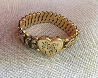 Vintage expansion Bracelet WWII 1940's La Mode Heart Sweetheart Gift