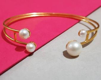 Pearl Bracelet , Sterling Silver Bangle, Stacking bracelet