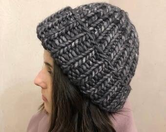 Knitted hat 100% merino hypoallergenic