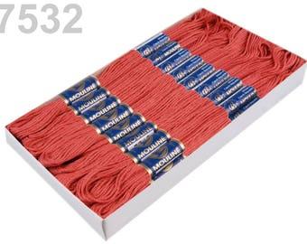 24 Dock embroidery/Stick Twist #7532 Lantana