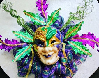 Mardi Gras Mask Wreath