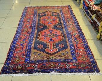 Persian rug. Vintage persian carpet. Vintage rug. Persian carpet. Rug. Free shipping. 7.8 x 4.4 feet.