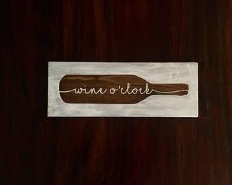 Wine O'clock home decor board