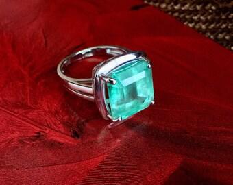 New Design -  Columbian Emerald Ring 14k Gold Size 7