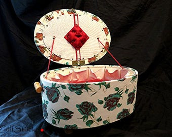 Vintage 50s fabulous sewing box seam rest