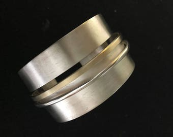 Bangle 9ct gold Sterling Silver