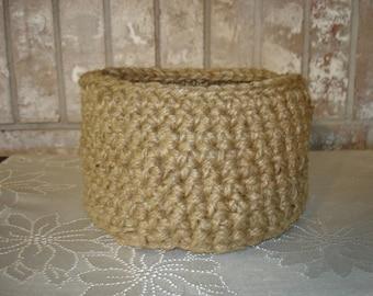 Round Jute Twine Crocheted Basket
