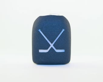 Clip-On Omnipod Pod Cover - Hockey Sticks