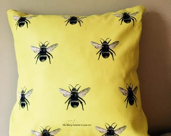 Bee Lemon. Pillow. Cushion. Yellow . Animal print.