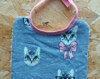 Reversible bib (0-3months) 11 with attached link