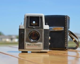 Vintage Bell & Howell Electric Eye 127 film viewfinder camera