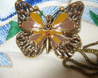 Lovely Vintage Butterfly Pendant/Necklace Beautifully Made!