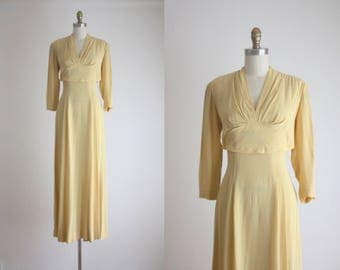 On Sale! Vintage 1940's Buttercream Gown