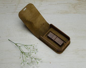 10 Vintage wood USB box with custom engraving