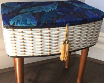 Vintage Sewing Basket in Woven plastic/ All Original fittings/ Vintage Sewing Box on legs/Retro