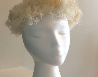Cream Vintage 1950 Ostrich Hat