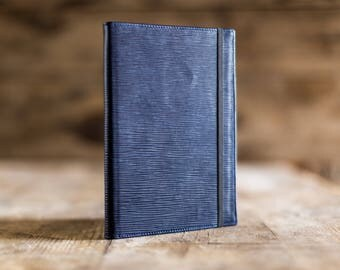 Daily planner 2018, A5 Daily planner in Navy blue Epi leather, the perfect Christmas gift. Agenda 2018, diary in leather. Made in Italy.
