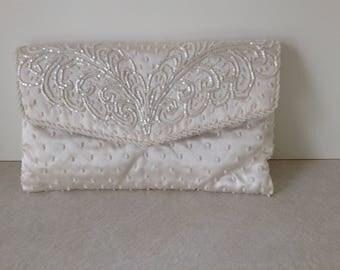 La Regale Vintage Off White Hand Beaded Evening Bag