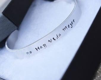 JW No Hay Vida Mejor Cuff Bracelet