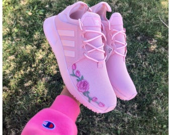 Custom rose applique Adidas, Custom sneakers, adidas shoes, adidas, rose embroidered adidas, adidas nmd, custom adidas nmd, adidas original,