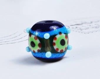 Deep blue patterned bead