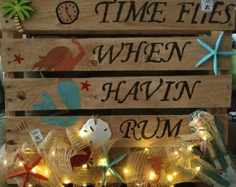 A full pallet that has been painted on the front side. I can also customize