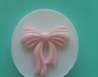 Bow resin mold