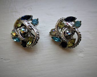 "Vintage ""CORO"" Rhinestone Earrings Clip On Feminine and Romantic Eight Rhinestones Marquise and Round cut"